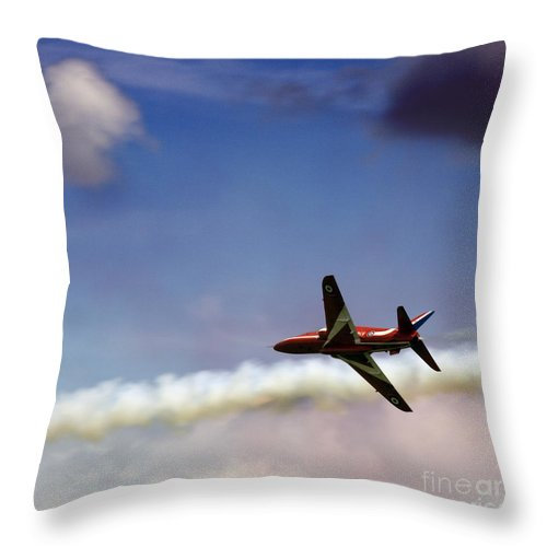 Red Arrows Throw Pillow featuring the photograph Solo by Angel Ciesniarska