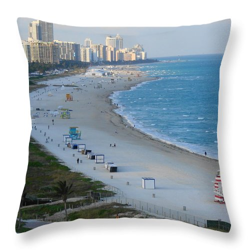 Miami Throw Pillow featuring the photograph South Beach At Its Best by Margaret Bobb