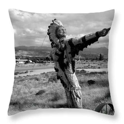 Moab Utah Throw Pillow featuring the photograph Spanish Valley Indian by David Lee Thompson