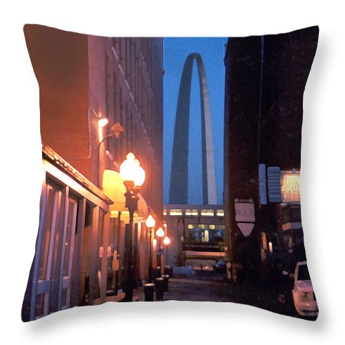 St. Louis Throw Pillow featuring the photograph St. Louis Arch by Steve Karol