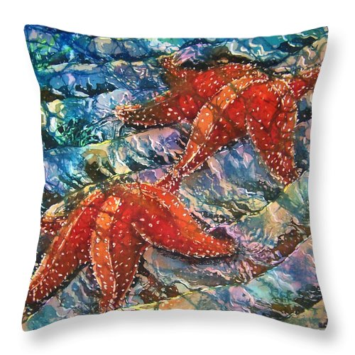 Starfish Throw Pillow featuring the painting Starfish 1 by Sue Duda