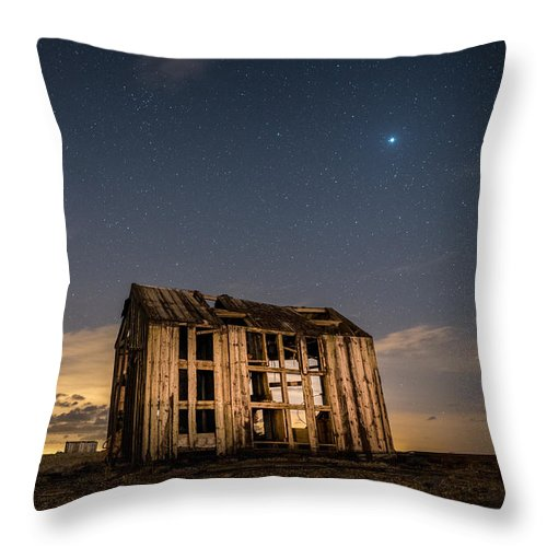 Dungeness Throw Pillow featuring the photograph Starry Night At Dungeness by David Attenborough