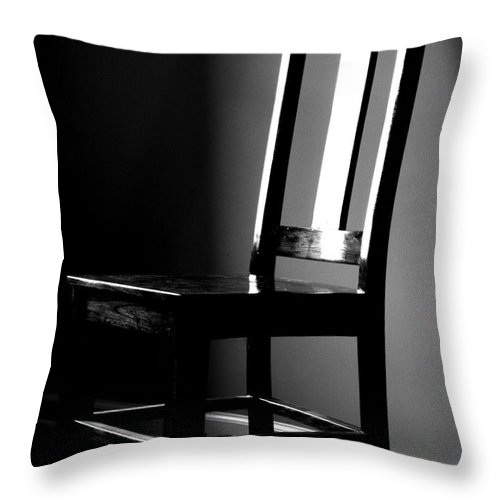 Stillness Throw Pillow featuring the photograph Still by Amanda Barcon