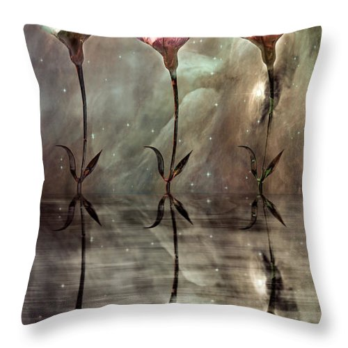 Floral Throw Pillow featuring the photograph Still by Jacky Gerritsen