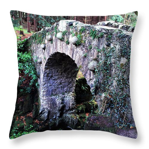 Foleys Bridge Throw Pillow featuring the photograph Stone Bridge by Thomas R Fletcher