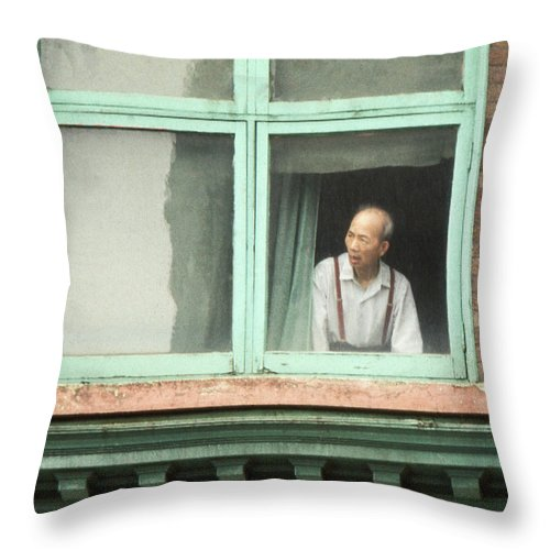 Vancouver Window Portrait Throw Pillow featuring the photograph Street View by Laurie Stewart