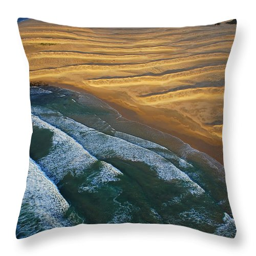 Coast Throw Pillow featuring the photograph Sun Rise Coast by Skip Hunt