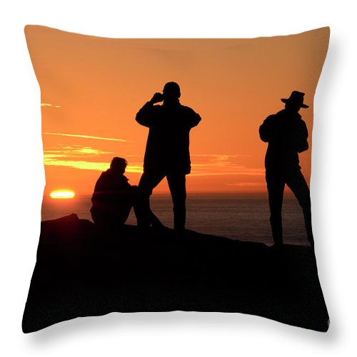 California Throw Pillow featuring the photograph Sundown by Bob Christopher