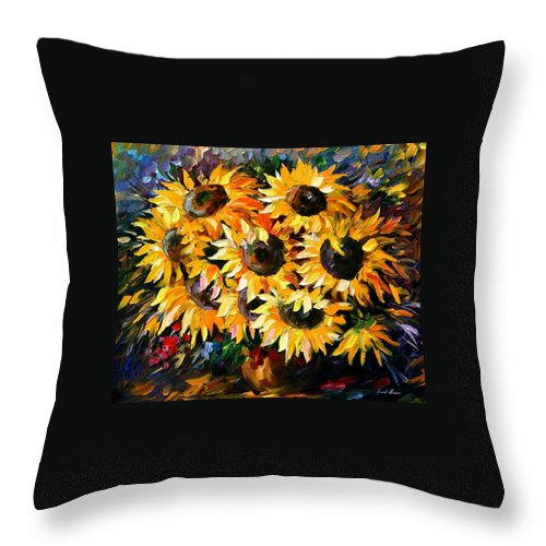 Floral Throw Pillow featuring the painting Sunny Bouquet by Leonid Afremov