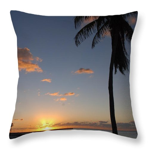 Sunrise Photos Throw Pillow featuring the photograph Sunrise In Key West 2 by Susanne Van Hulst