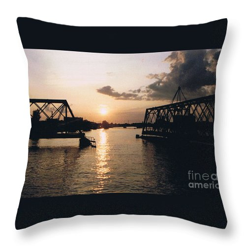 Superior Throw Pillow featuring the photograph Sunset In Superior Wi by Tommy Anderson