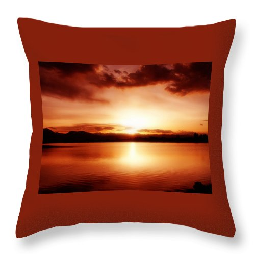 Lake Throw Pillow featuring the photograph Sunset by Marilyn Hunt