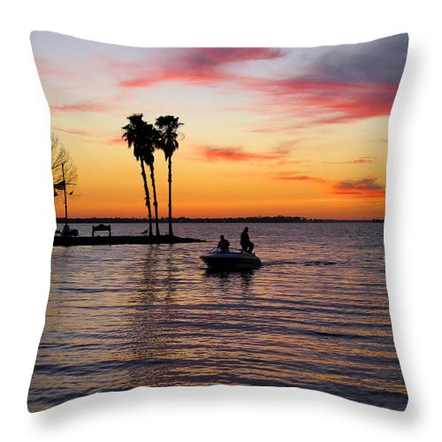 Lake Throw Pillow featuring the photograph Sunset On Lake Dora At Mount Dora Florida by William Kuta