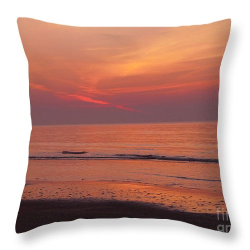Sunrise Throw Pillow featuring the photograph Sunset On The Gulf by Gina Welch