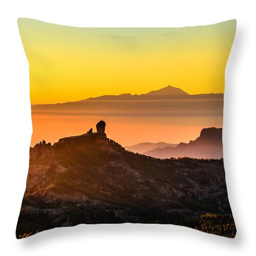 Landscape Throw Pillow featuring the photograph Sunset Roque Nublo by Javier Martinez Moran