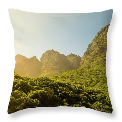 Table Mountain National Park Throw Pillow featuring the photograph Table Mountain National Park by Tim Hester