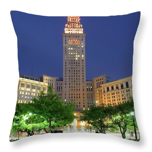 Cleveland Throw Pillow featuring the photograph Terminal Tower by Frozen in Time Fine Art Photography