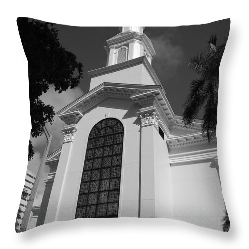 Architecture Throw Pillow featuring the photograph Thats Church by Rob Hans