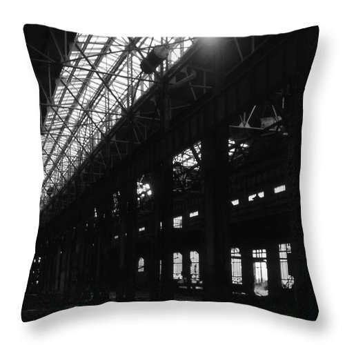 Buildings Throw Pillow featuring the photograph The Back Shop by Richard Rizzo