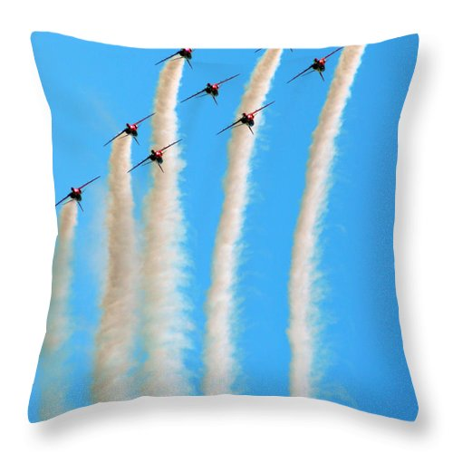 Red Arrows Throw Pillow featuring the photograph The Diamond Going Up by Angel Ciesniarska
