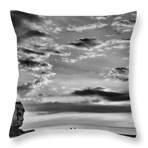 Natureonly Throw Pillow featuring the photograph The End Of The Day, Old Hunstanton by John Edwards