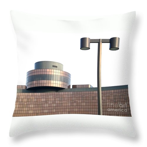 Lamppost Throw Pillow featuring the photograph The Lamppost by Ann Horn