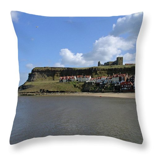 Whitby Abbey Throw Pillow featuring the photograph The Majestic East Cliff by Rod Johnson