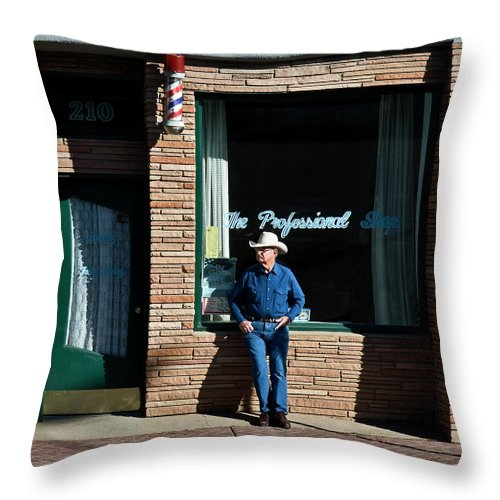 Barber Throw Pillow featuring the photograph The Professional by Murray Bloom