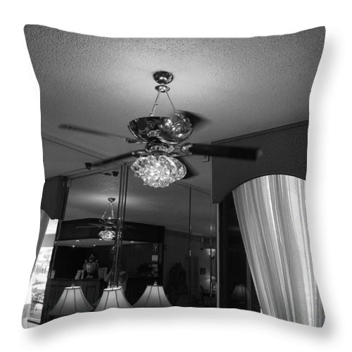 Black And White Throw Pillow featuring the photograph The Room With Many Views by Rob Hans