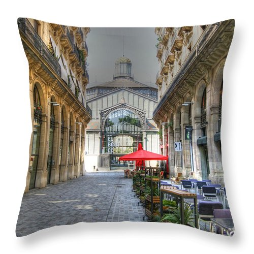 Silent Throw Pillow featuring the photograph The Silent City by David Birchall