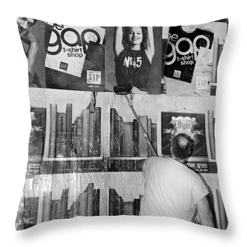 Manhattan Throw Pillow featuring the photograph The Tickle by Robert Lacy