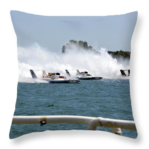 Hydroplanes Throw Pillow featuring the photograph Three Boats Approaching The Start by Mark Madion