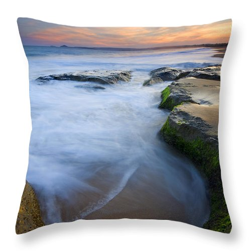 Beach Throw Pillow featuring the photograph Tidal Bowl by Mike Dawson