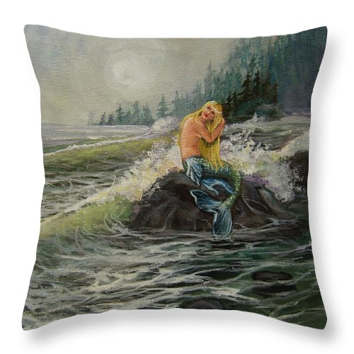 Sea Throw Pillow featuring the painting Timeless by Mona Davis