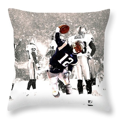 Tom Brady Throw Pillow featuring the mixed media Tom Brady Touchdown Spike by Brian Reaves