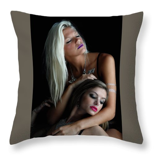 Two Girl.  Throw Pillow featuring the photograph Too Beautiful. by Bill Munster