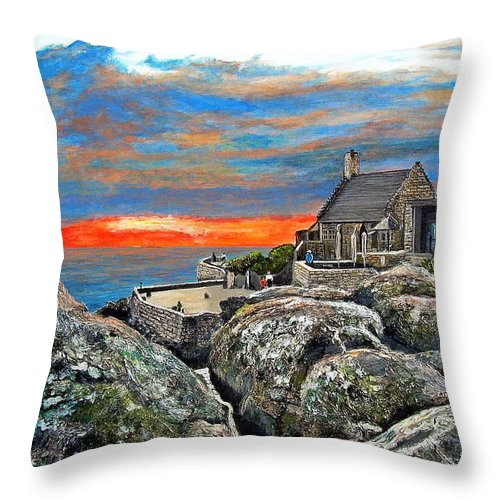 Sunset Throw Pillow featuring the painting Top Of Table Mountain by Michael Durst