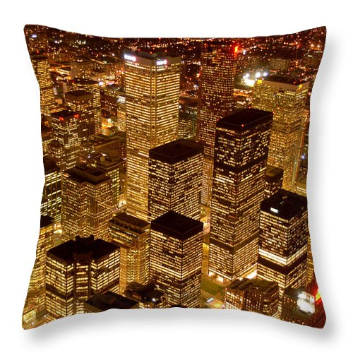 City Scape Throw Pillow featuring the photograph Toronto at Night by Linda McRae