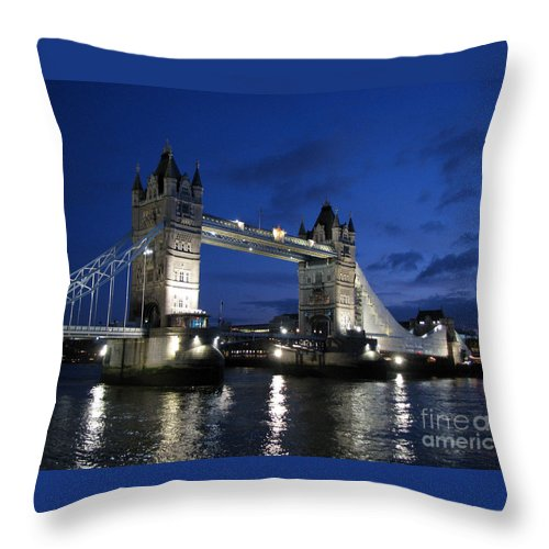London Throw Pillow featuring the photograph Tower Bridge by Amanda Barcon