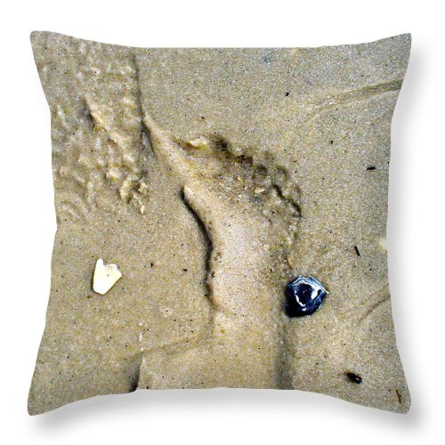 Beach Throw Pillow featuring the photograph Traces by Mary Sullivan