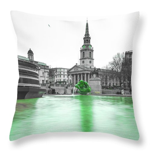 Street Artist Throw Pillow featuring the photograph Trafalgar Square Fountain London 3f by Alex Art and Photo