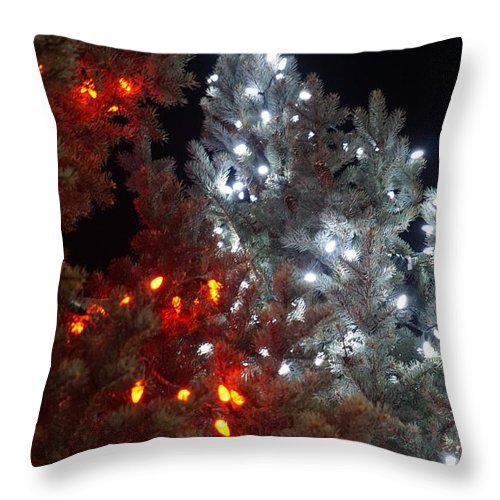 Red Throw Pillow featuring the photograph Tree Lights by Susan Brown