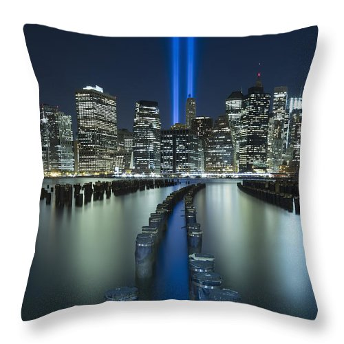 9-11 Throw Pillow featuring the photograph Tribute In Light by Evelina Kremsdorf