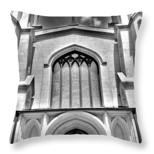 Trinity Episcopal Cathedral Columbia Sc Throw Pillow featuring the photograph Trinity Episcopal Cathedral Black And White by Lisa Wooten