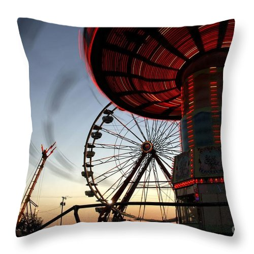 Fair Throw Pillow featuring the photograph Twirling Away by David Lee Thompson