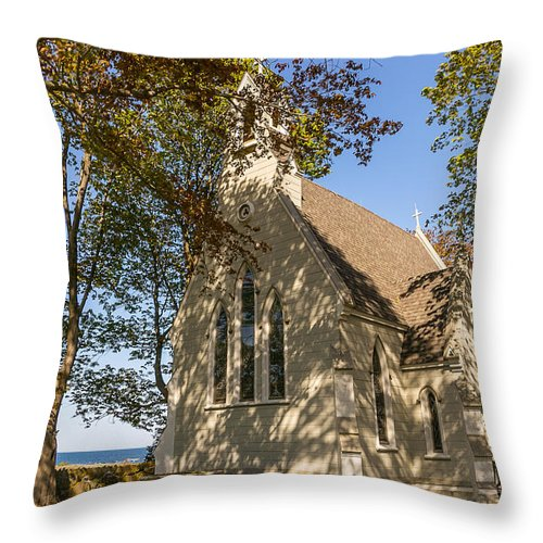 Flowers Throw Pillow featuring the photograph Union Chapel by Beverly Tabet