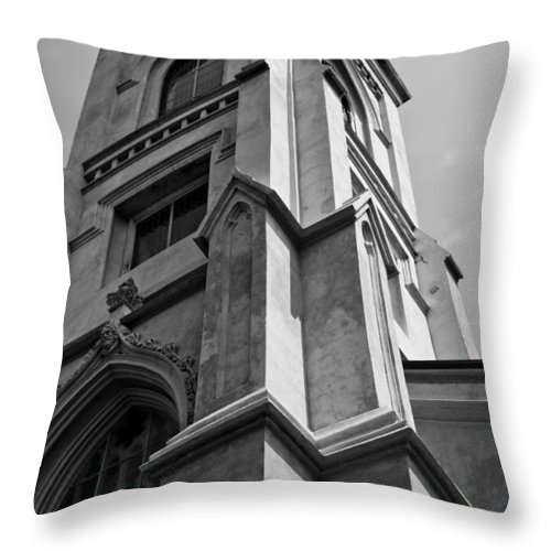 Unitarian Church Throw Pillow featuring the photograph Unitarian Church Charleston Sc by Dustin K Ryan