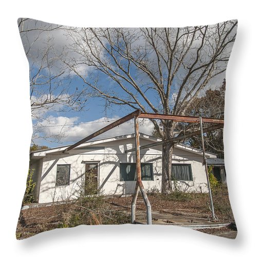 Abandoned Throw Pillow featuring the photograph Unpreserved 5 by Darwin King