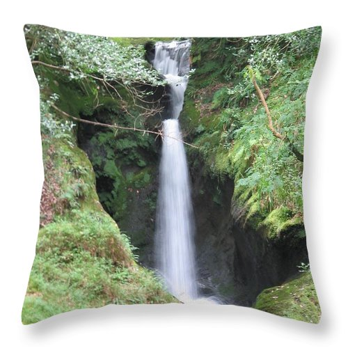 Glendalough Throw Pillow featuring the photograph Upper Falls by Kelly Mezzapelle