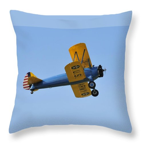 Biplane Throw Pillow featuring the photograph U.s.army Biplane by David Lee Thompson